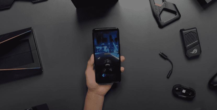 Игра на смартфоне ASUS ROG Phone 3