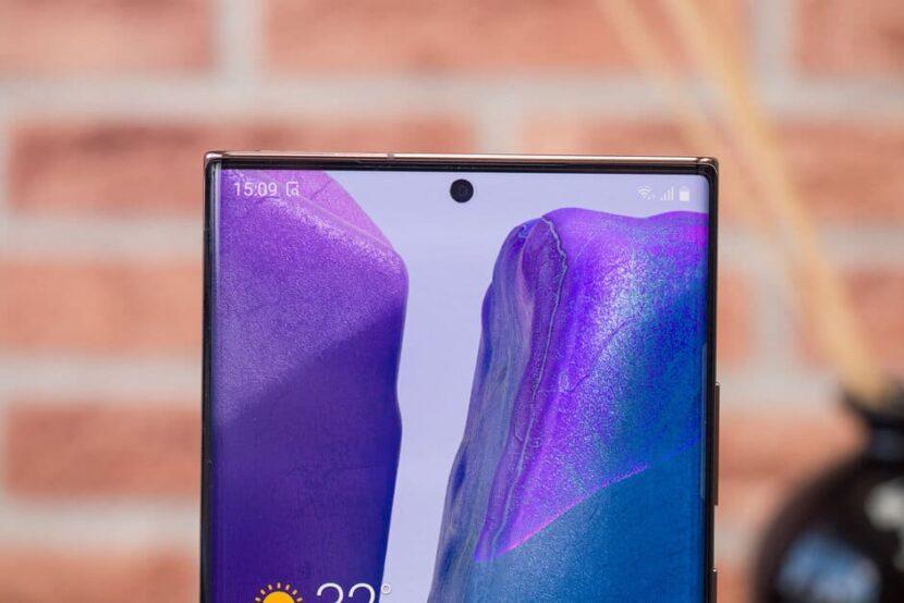 Фронтальная камера Samsung Galaxy Note 20 Ultra