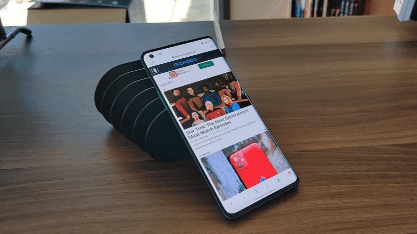 Смартфон OnePlus 8