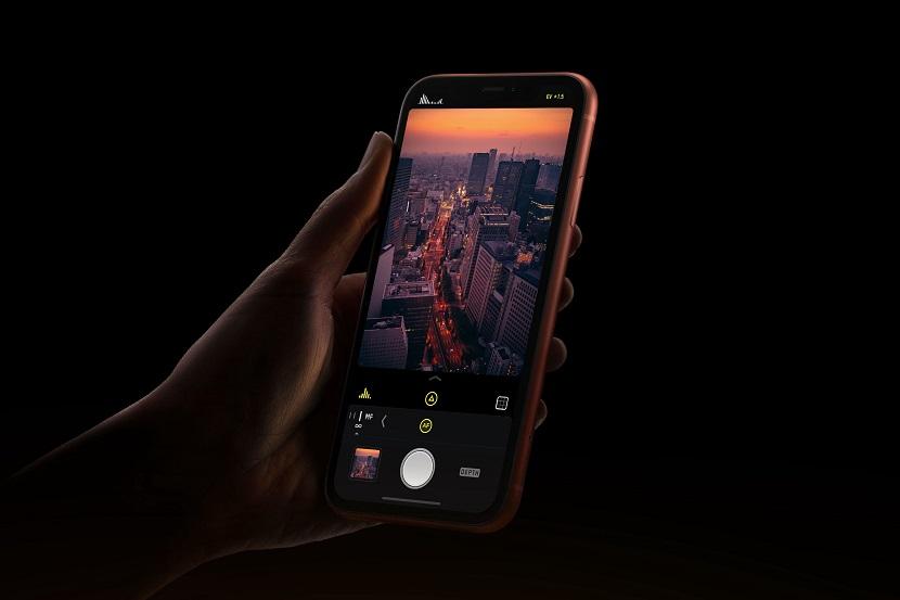 Работа камеры на iPhone XR