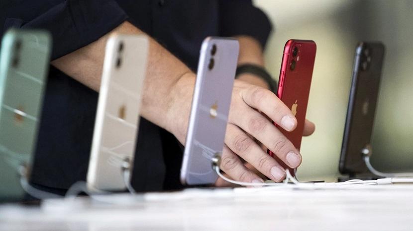 Разные цвета Iphone 12