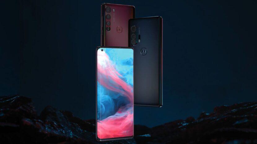 три разноцветных смартфона от моторолла