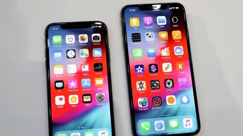 Сравнение iPhone XR с XS