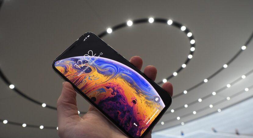 OLED - дисплей HDR Super Retina