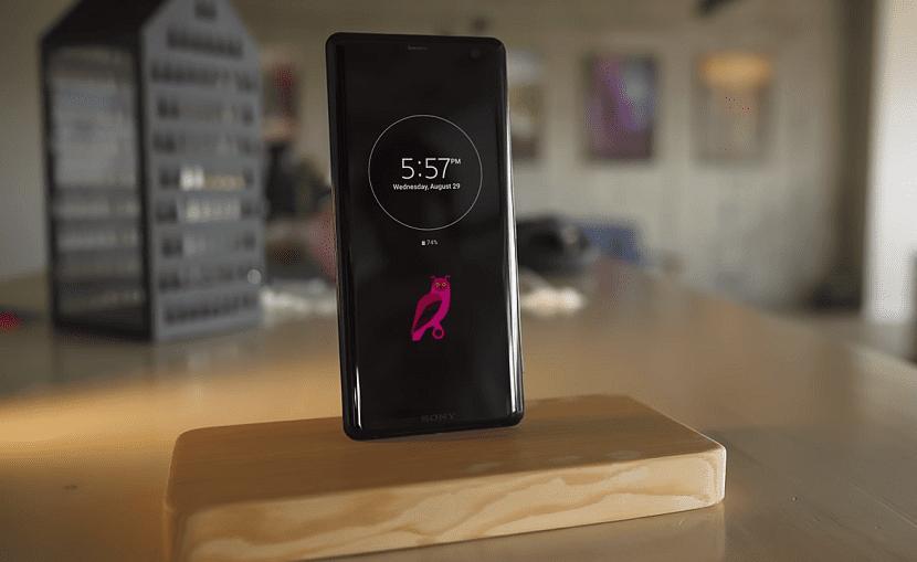 Экран Sony Xperia XZ3