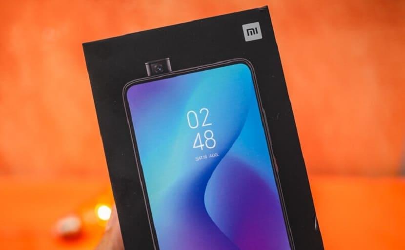 Упаковка Xiaomi Mi 9T