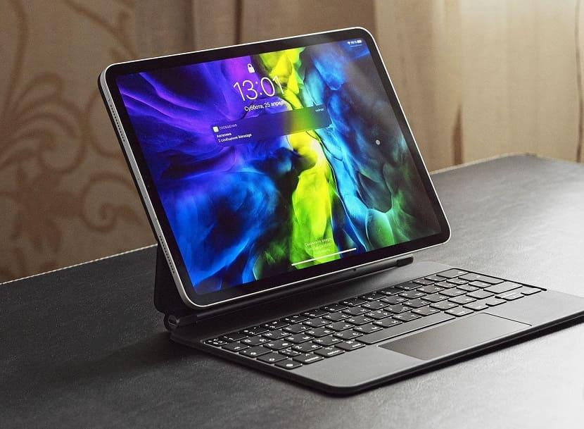 iPad Pro 2020 с клавиатурой