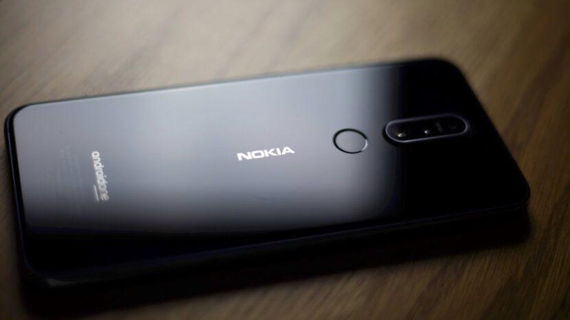 Черный Nokia 7.1