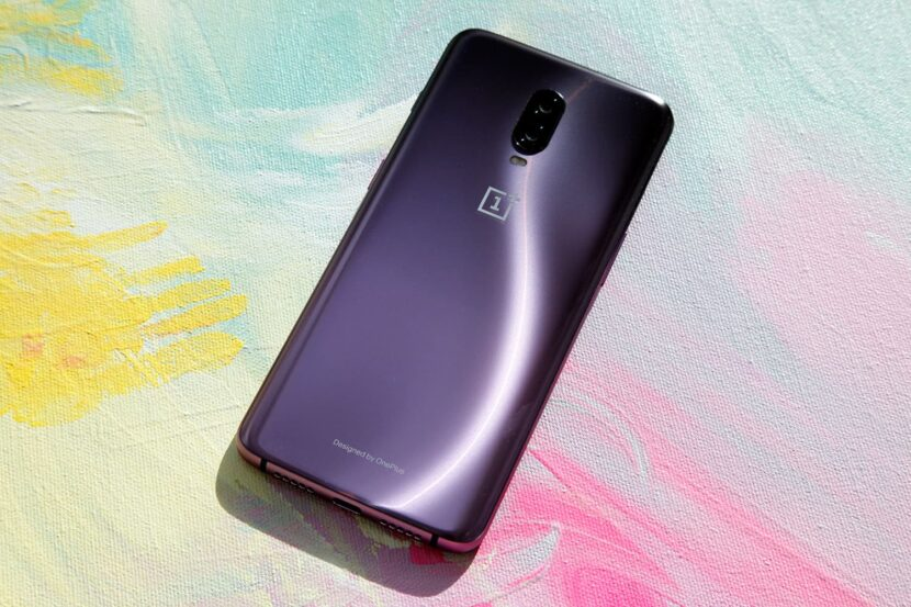 oneplus-6t-смартфон