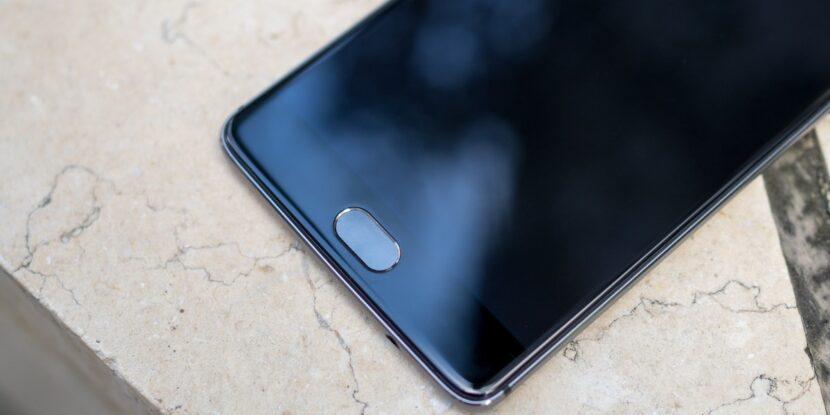 OnePlus черный