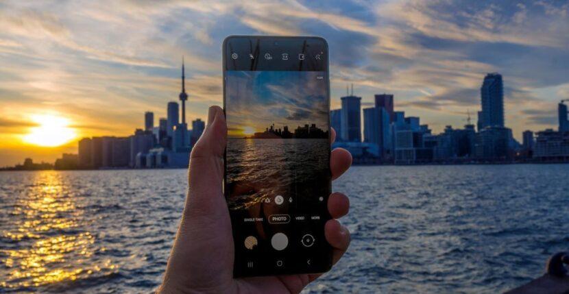 Фото с Samsung Galaxy S20 Plus
