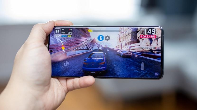Samsung Galaxy S20 Plus игра