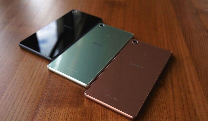 Разные цвета Sony Xperia XZ3