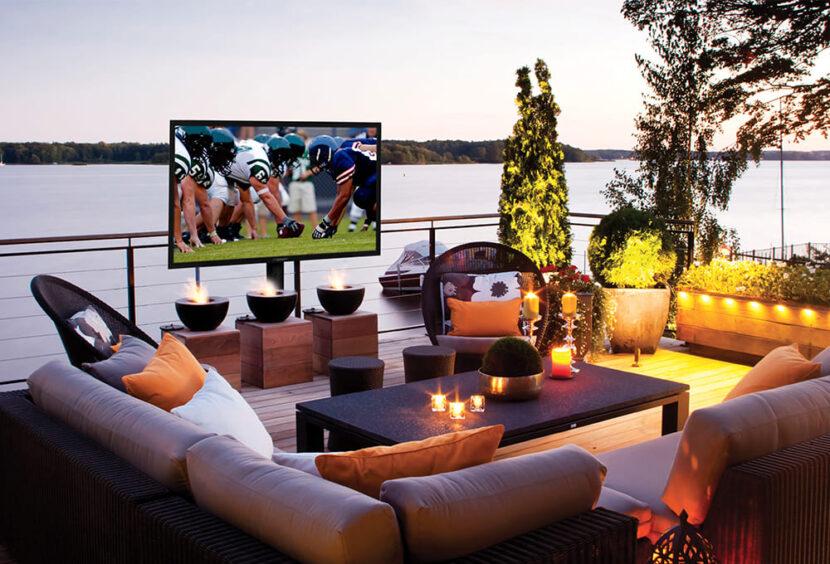 футбол на экране телевизора