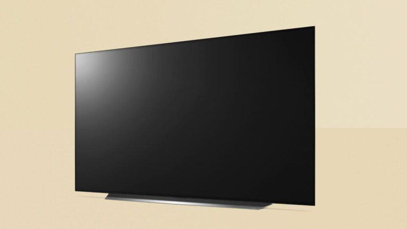 черный телевизор на стене