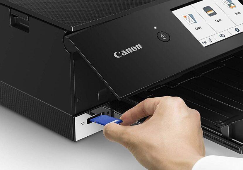 Помещение картриджа в Canon Pixma TS8320