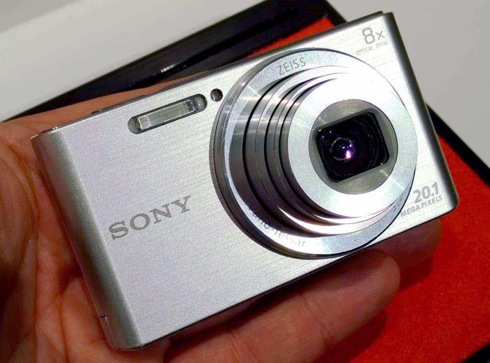 Серебряный Sony CyberShot DSC W830
