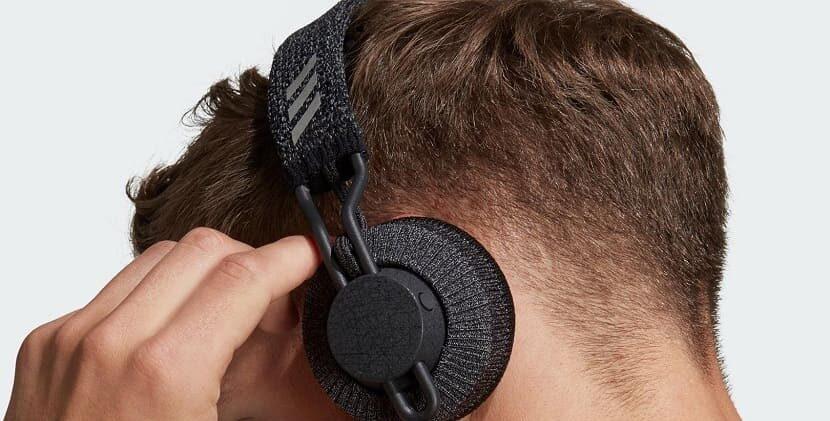 Adidas RPT-01 на голове