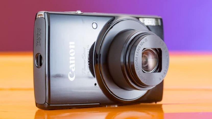 Черный Canon Powershot Elph 190