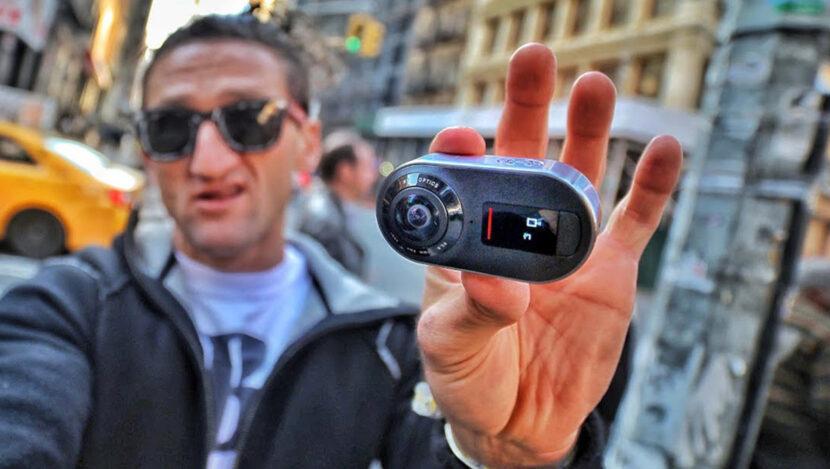 Камера в руке