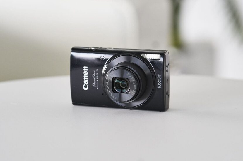 Черный Canon Elph 190