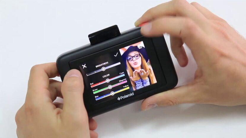 Дисплей Polaroid Snap