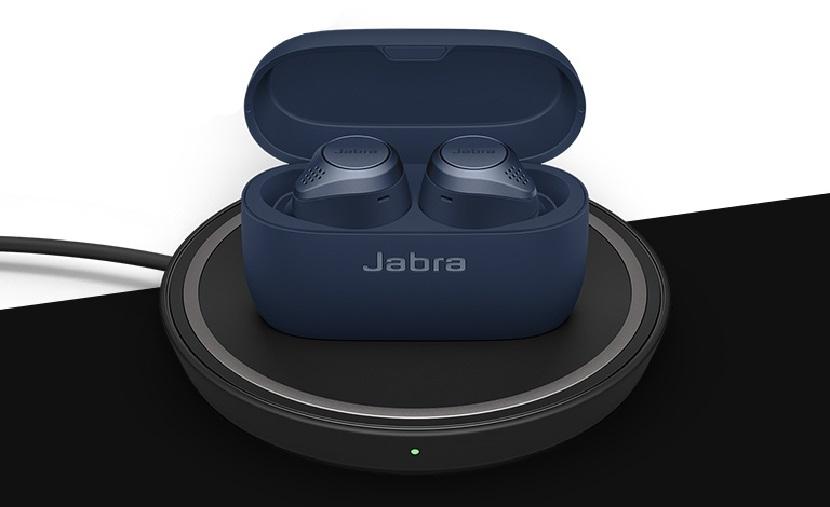 Синие Jabra Elite Active 75t в зарядном чехле