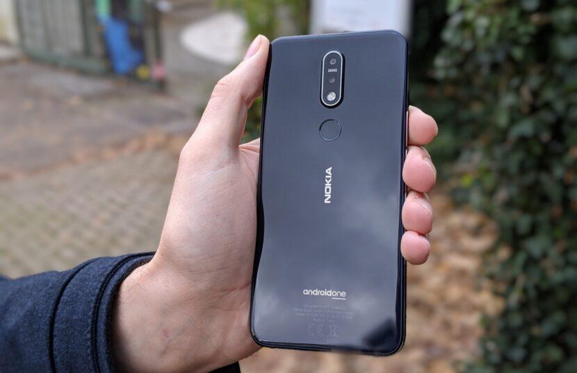 бюджетный смартфон